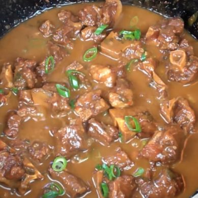 The BEST Stewed Oxtail with CaribbeanPot